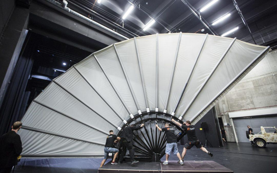 Carmen — Special stage platform